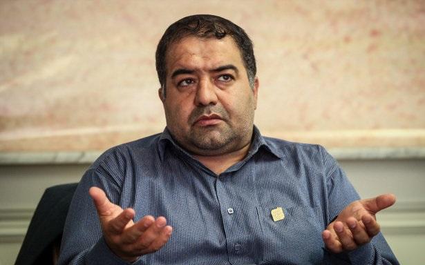 دوش گرفتن کارگران شهرداری با آب سرد/ دستورالعمل حمایت از کارگران شهرداری در انتظار تصویب