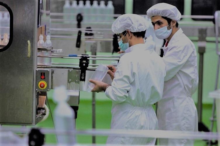 امید نداریم ۵۰۰ میلیون یورو به صنعت دارو و تجهیزات پزشکی برسد/ قیمت گذاری دارویی در ایران درست نیست