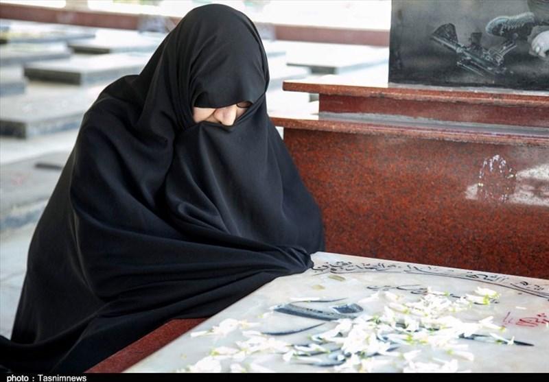روایتی از دلتنگیهای مادرانه برای شهید حرم/ برای شهادت فرزندم دعا کردم + تصاویر