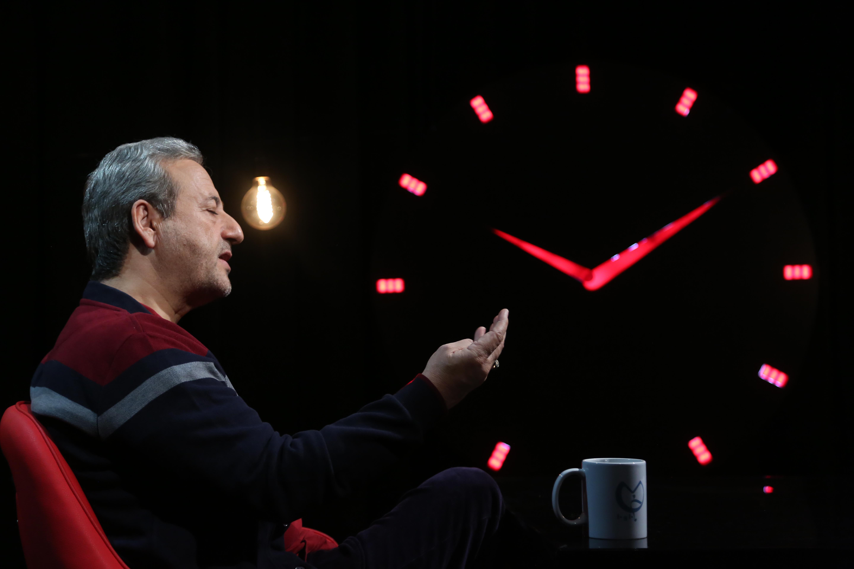 خلاصه گفتوگوی «۱۰:۱۰ دقیقه» با ابوالقاسم طالبی کارگردان فیلم قلاده های طلا