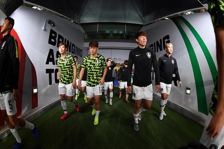تیم ملی فوتبال کره جنوبی یک - قرقیزستان صفر/ برد یک نیمهای برای صدرنشینی