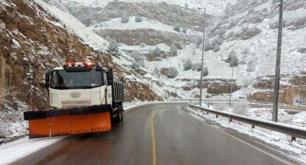 جادههای خراسان شمالی یخ زده است/ ضرورت همراه داشتن زنجیر چرخ