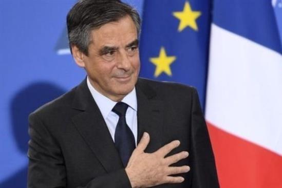 دستگاه قضایی فرانسه محاکمه نخست وزیر سابق این کشور را خواستار شد