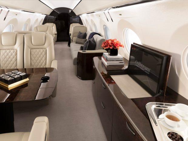 گرانترین جتهای مسافربری در جهان چه ویژگیهایی دارند/ 4 هواپیمای شخصی که شما را به حیرت وا میدارند