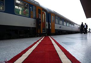 توقف قطارهای تندرو در ایستگاه چانی زنی بودجه + صوت