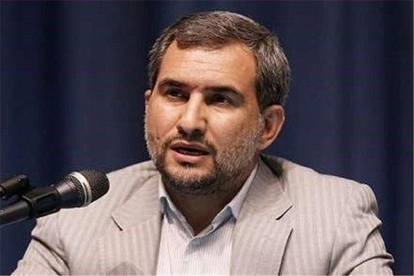 سیاستمدار مسلمان نباید منافع شخصی خود را بر منافع ملی ترجیح دهد