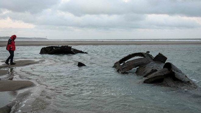 کشف لاشه یک زیردریایی ۱۰۰ ساله آلمانی در شمال فرانسه