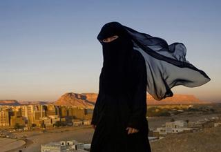 دردسرهای که مادر یک داعشی با خاطر حماقت پسرش متحمل شد+ تصاویر