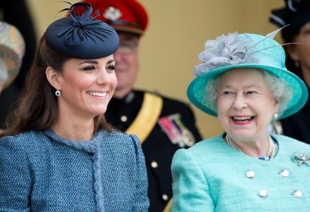 داعش عروس و نتیجه ی ملکهی انگلیس را تهدید به مرگ کرد