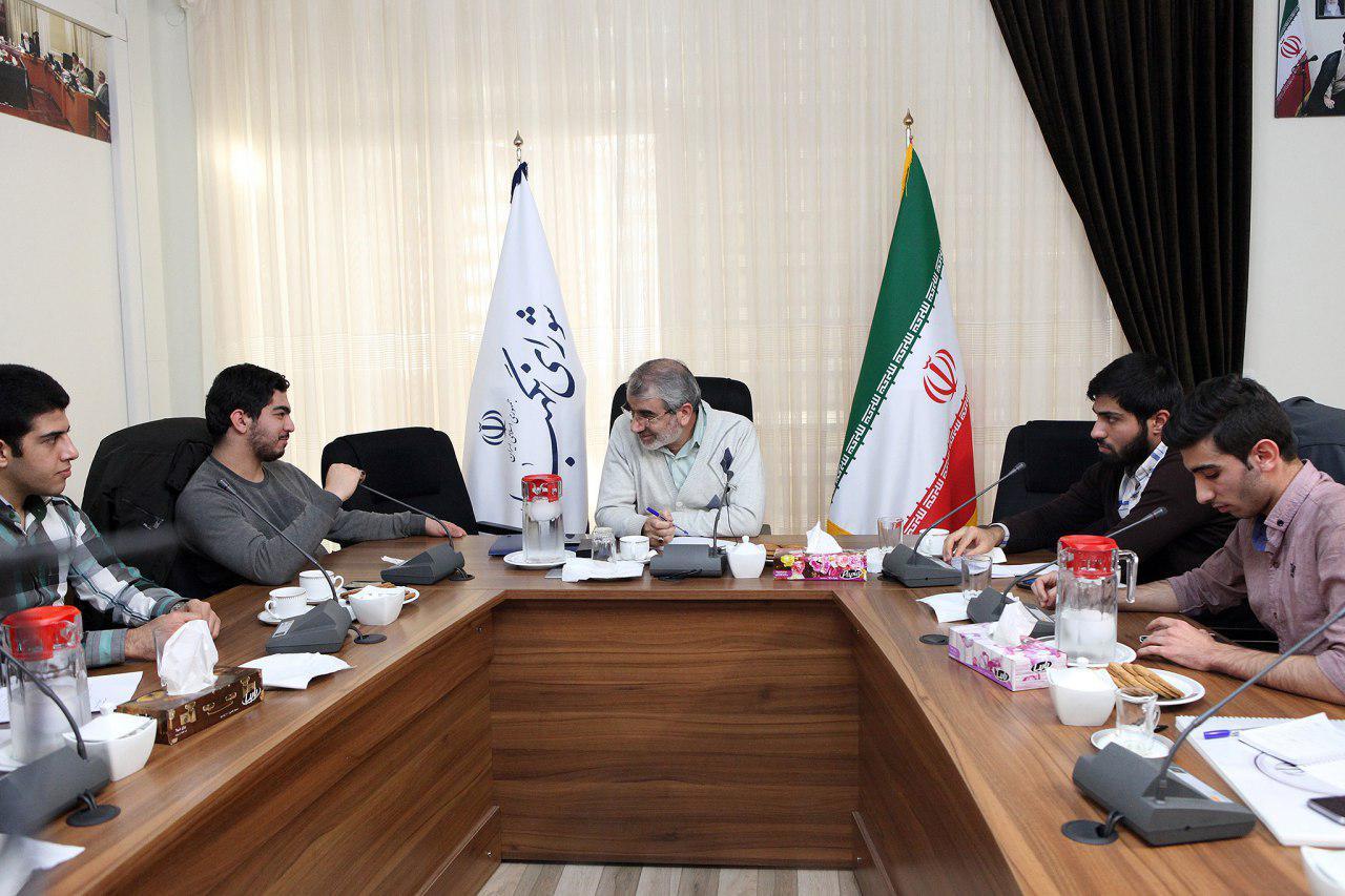 دیدار اعضای بسیج دانشجویی دانشگاه شریف با کدخدایی