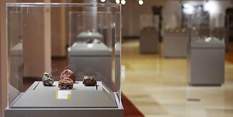 نمایش شهابسنگها در موزه خلیج فارس