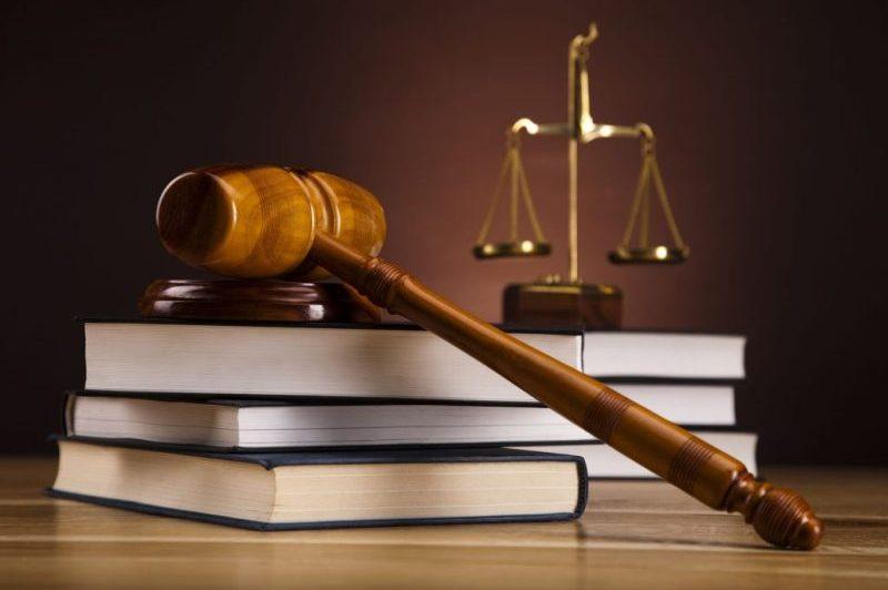 ادامه رفتار بدون اغماض دستگاه قضا با دانه درشتها/ وزیر سابق سه شنبه محاکمه می شود