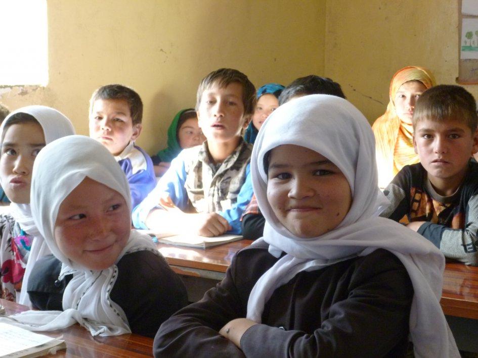 ۲۳ هزار کودک در «بامیان» از تحصیل محرومند