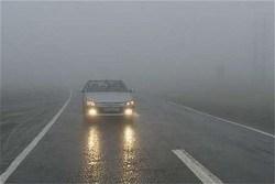 سطح جادههای خراسان رضوی لغزنده است