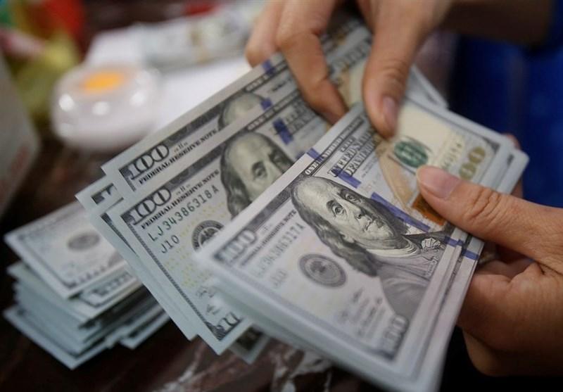 کاهش نرخ دلار ادامه دارد/ خرید و فروش به مرز 10 هزار تومان رسید