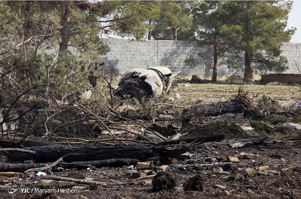 سقوط هواپیمای غیرمسافربری در زیبا دشت کرج+ تعداد مصدومان و فوتیها