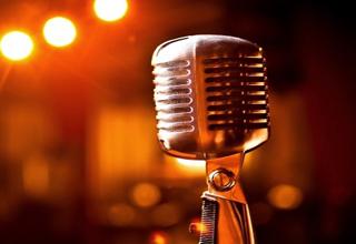 خواننده افغانستانی که به دلیل شباهت با جاستین ترودو مشهورتر شد+ فیلم