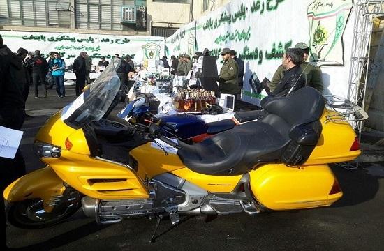 توقیف موتورسیکلت یک میلیارد تومانی در شمال تهران+ تصاویر
