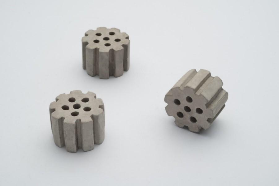 راه توسعه صنایع بزرگی چون فولاد و پتروشیمی باز است