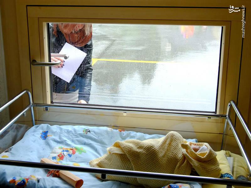 از نوزادانی که در سطل بیمارستان رها میشوند تا کودکانی که از سطل آشغال غذا میخورند/ فقرا در آمریکا و اروپا چگونه زندگی میکنند +عکس و فیلم