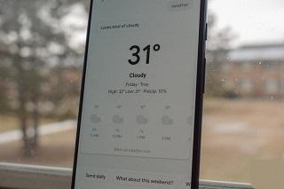 دستیار هوشمند گوگل دمای هوا را به طور دقیق نشان میدهد