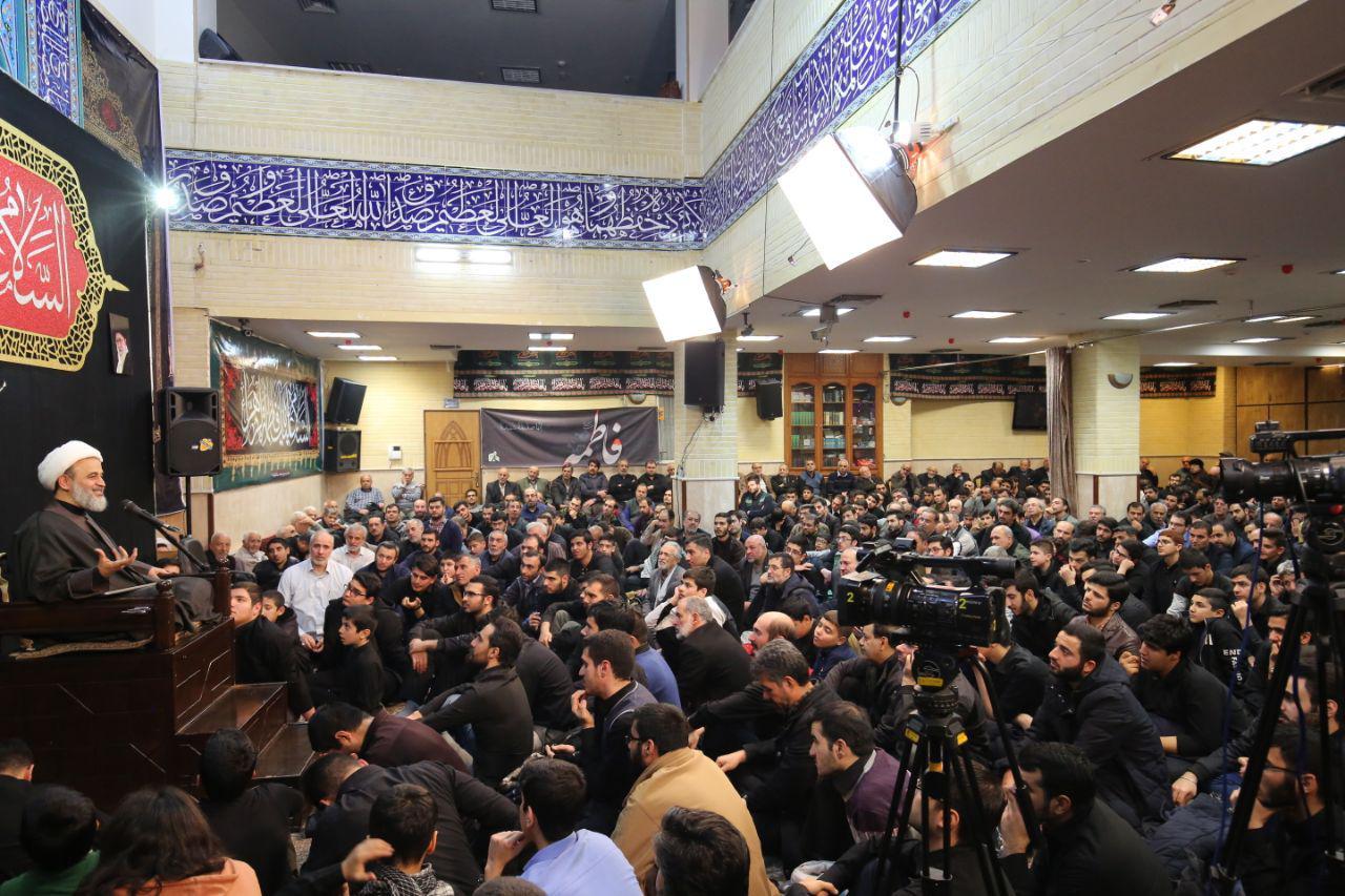 باشگاه خبرنگاران -گزارش تصویری از عزاداری شب سوم دهه فاطمیه مسجد سیدالشهدا (ع)