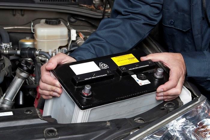 خرید باتری خودرو در بازار چقدر هزینه دارد؟