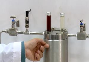 همت محققان شیرازی در دستیابی به نانو ذرات شفاف کننده میعانات گازی