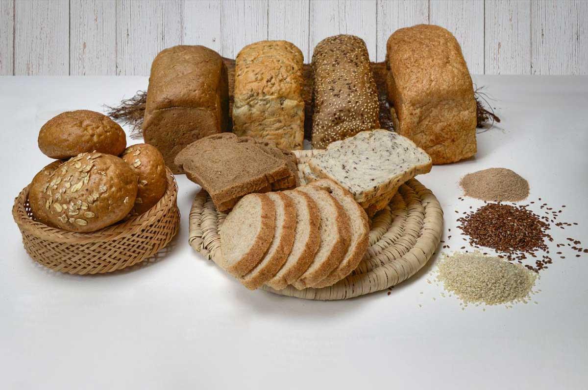 آشنایی با روش تهیه نان رژیمی خوش طعم برای صبحانه