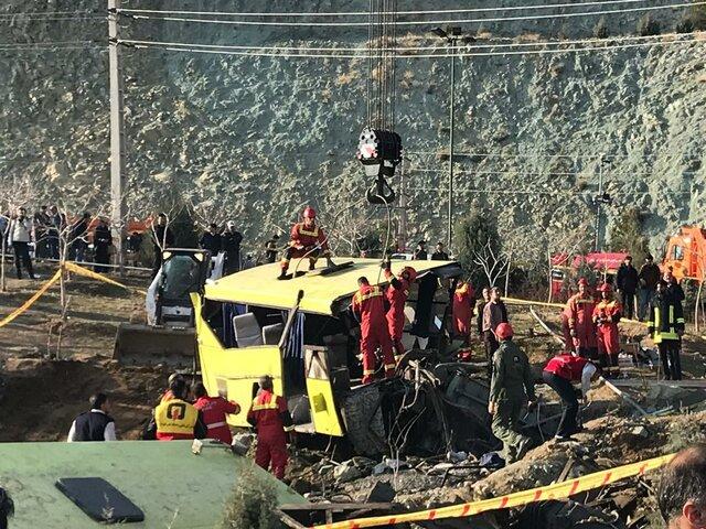 آخرین جزئیات از واژگونی اتوبوس در دانشگاه علوم و تحقیقات + تعداد و اسامی کشتهها و مصدومان