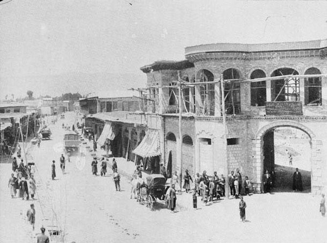 دروازه اصفهان کجاست؟