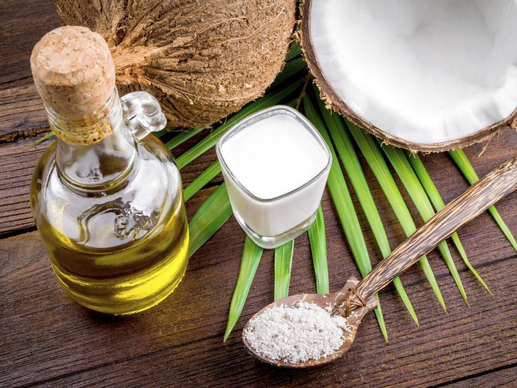 درمانهای خانگی رفع چین و چروک دور چشم/ این ۸ ماده طبیعی را جایگزین بوتاکس کنید