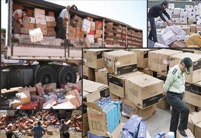 باشگاه خبرنگاران -کشف ۲ هزار ثوب پوشاک قاچاق در ایجرود