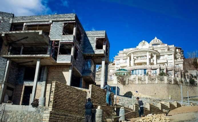 ویلای ۷۰ میلیارد تومانی با چشمه جوشان میخواهید یا تریپلکس با «پرشین روم»؟! + عکس