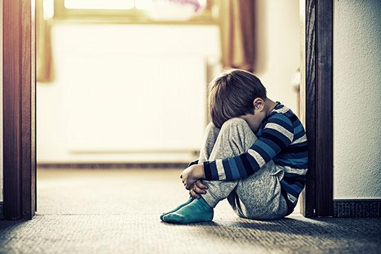 رفتار والدین چه تاثیری بر رشد مغزی کودک دارد؟