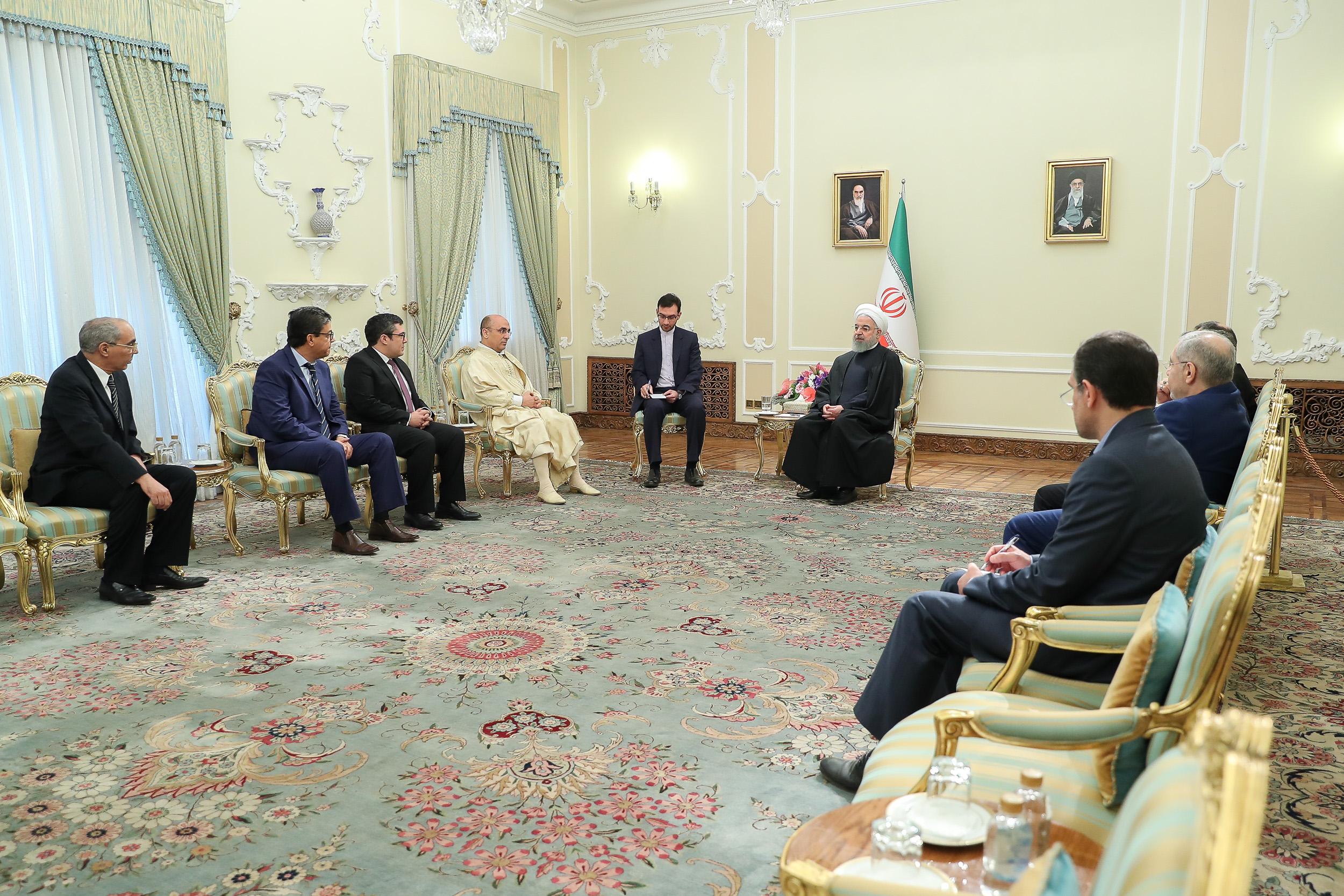 هیچ مانعی در توسعه همکاریها و مناسبات همه جانبه میان ایران و تونس وجود ندارد