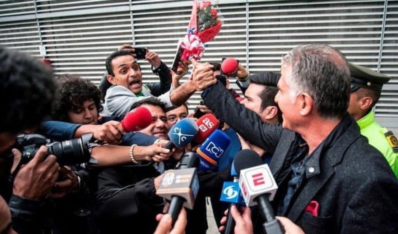 لحظه برخورد کی روش با هوادار ایرانی در کلمبیا + عکس