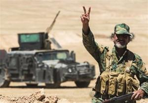 حمله موشکی بسيج مردمی عراق به مواضع تروريستهای داعش در شرق سوريه