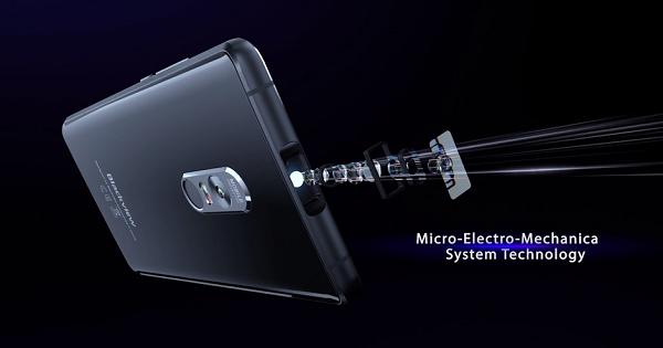 گوشی هوشمند MAX1، یک پروژکتور همراه با قابلیت ساخت تصاویر ۲۰۰ اینچی