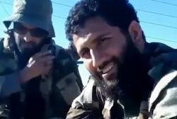 شوخی جالب مدافعان حرم درباره ماجرای پرتاب کفش به پهپاد تروریستها +فیلم