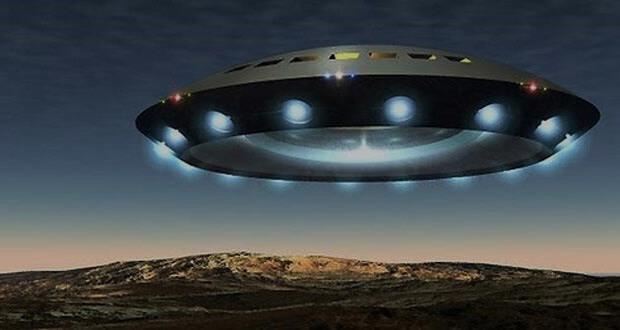 ماجرای شیء مرموز و عجیب شبیه به سفینه فضایی در آسمان