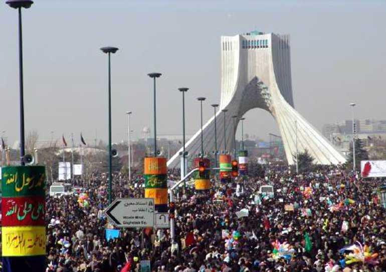توصیههای ترافیکی پلیس راهور ناجا به راهپیمایان یوم الله ۲۲ بهمن