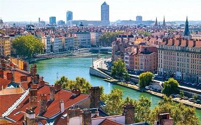10 شهر زیبای دنیا که در سال 2019 نباید سفر به آنها را از دست داد