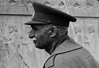 گوشهای از جنایات تکان دهنده و خیانتهای رضاخان +فیلم