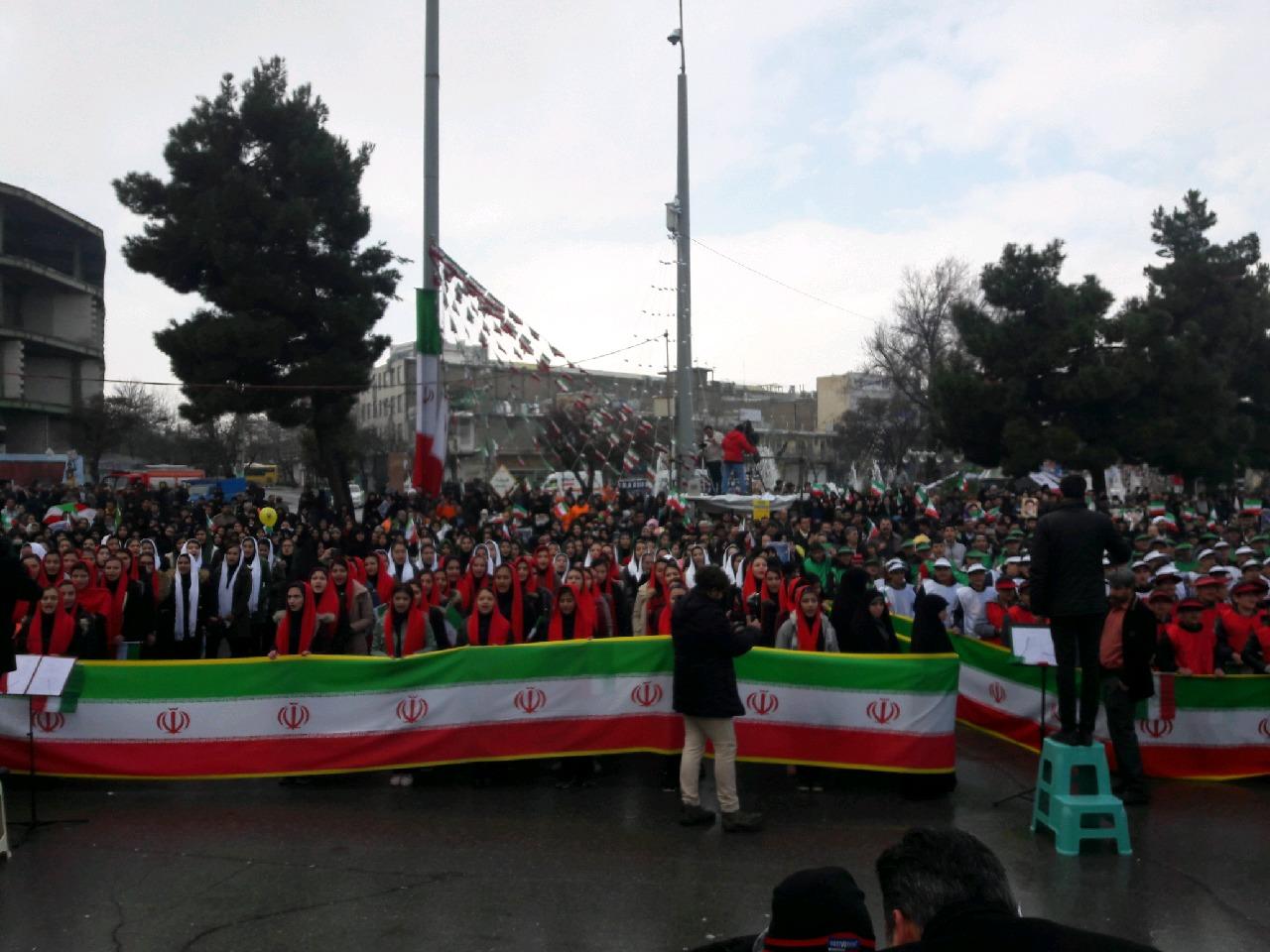 راهپیمایی 22 بهمن 97 در استان مرکزی + تصاویر