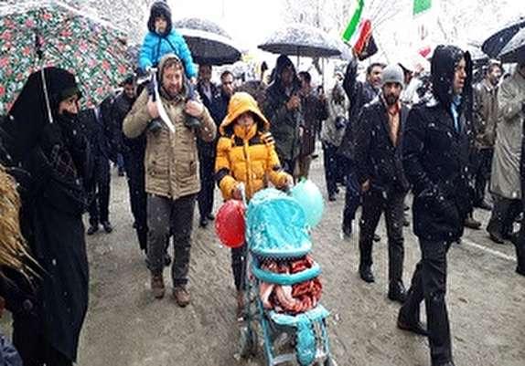 باشگاه خبرنگاران - راهپیمایی با شکوه ۲۲ بهمن ۹۷ در همدان