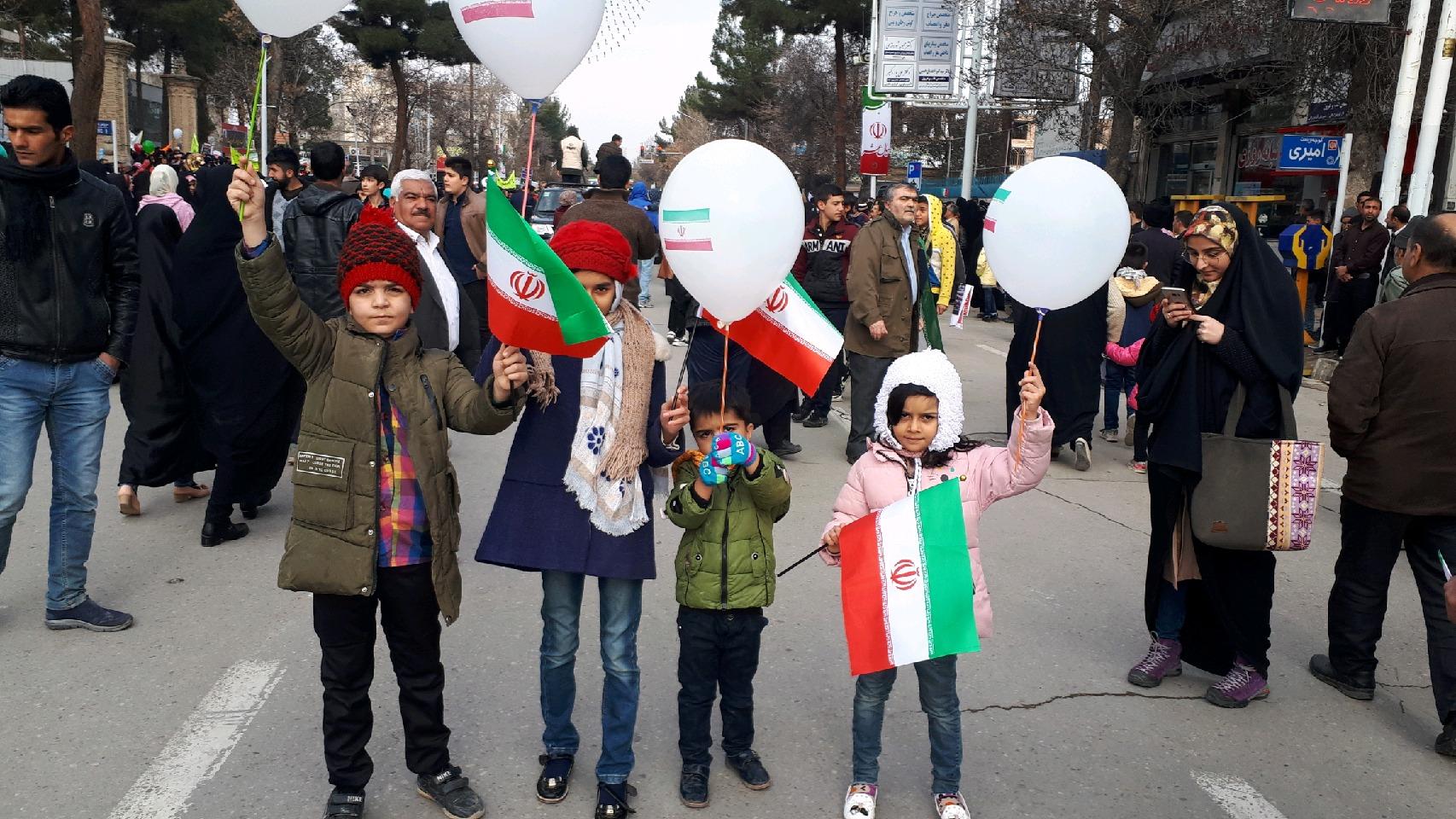 عکسها و حاشیههای راهپیمایی ۲۲ بهمن ۹۷ خراسان رضوی