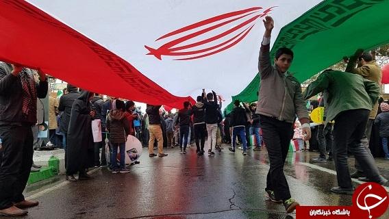 عکسها و حاشیههای راهپیمایی ۲۲ بهمن در استان سمنان+تصاویر