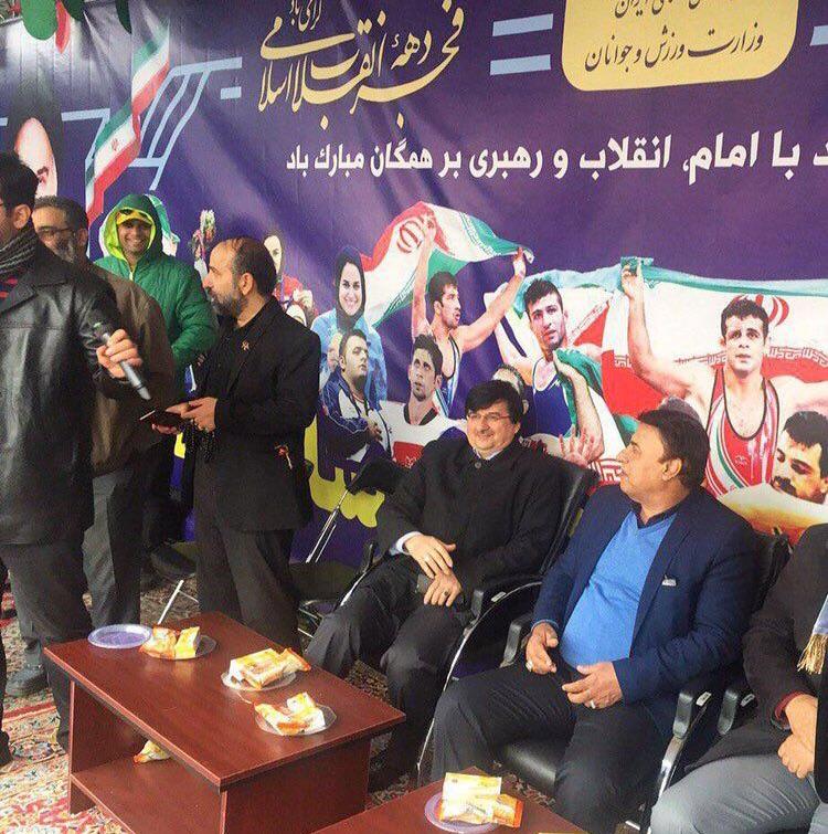 خروش انقلابی جامعه ورزش در راهپیمایی ۲۲ بهمن ماه