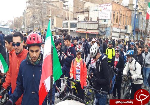 حضور گسترده مردم آذربایجان غربی در راهپیمایی ۲۲بهمن ۹۷+تصاویر